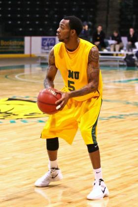 Senior guard DeAndre Taylor