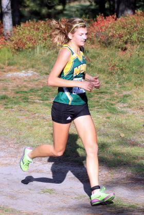 Freshman runner Larissa Halonen.