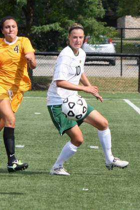 Junior defender Becky Schmidt.