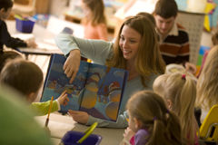 Student teaching in a Kindergarten class