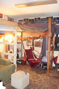 A dorm room at NMU
